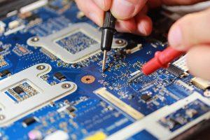 fpga design engineer working on circuit